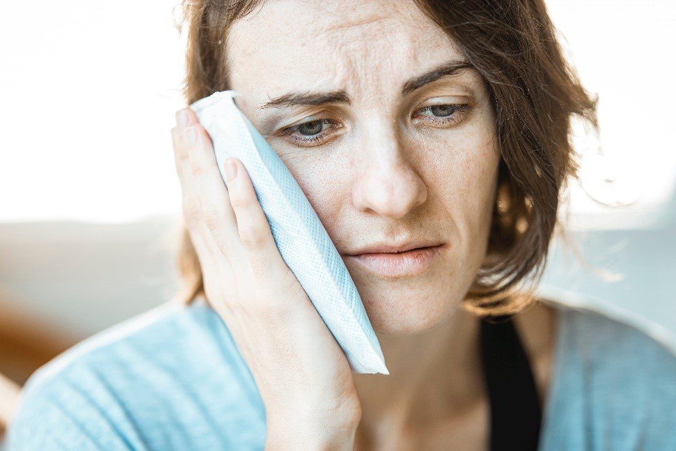 6 Tips For A Speedy Wisdom Tooth Extraction Recovery